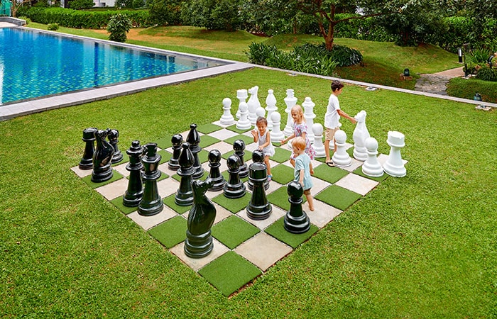 havelock-city-garden-chess-Havelock City luxury apartments for sale in colombo sri lanka